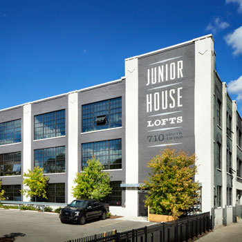junior-house-lofts-milwuakee-apartment-neighborhood